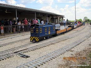 Photo: AU 72 with the Leventon Train and George Leventon walking up after checking  the train.     HALS Public Run Day 2014-0419 DH3