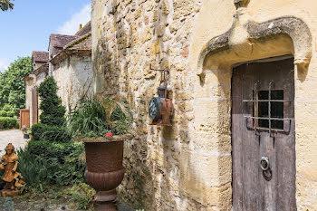 château à Thiviers (24)