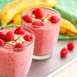 Raspberry Oatmeal Smoothie
