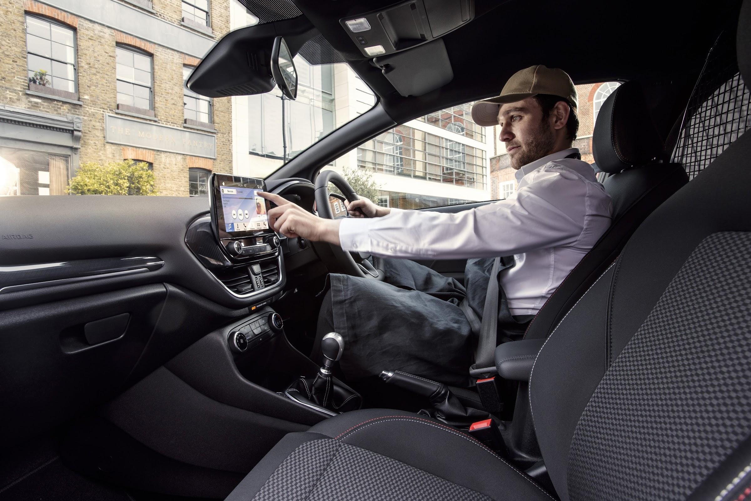 tvrBCW6VRaI dTKYPfSoxDWvjWfoHs02wu4NwoCdjXwDBlwzmyiSXYFtPYu6ABLsbwhgCfIEOev6nQqQW0KzBKc5GTrzjCaKhmZV0lSk8aeG1e7PvG3L0LULyOcLkqelHIy5i8KmxA=w2400 - Nuevo Ford Fiesta Van, más conectado y con versión deportiva