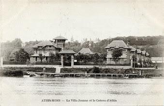 Photo: Athis-Mons — La Villa Jeanne et le Coteau d'Athis