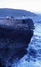 Photo: Socavamiento de la base del acantilado