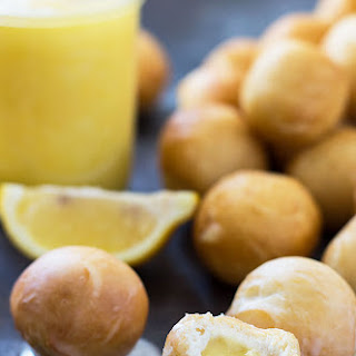 Easy Donut Holes with Canned Biscuits