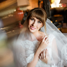 Wedding photographer Oksana Benyaminova (Anasko). Photo of 12.09.2016