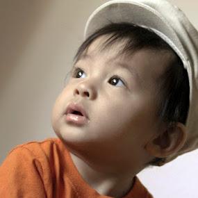 by Yoy Escosura - Babies & Children Children Candids