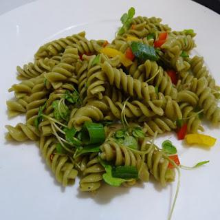 Quick & Easy Green Glowing Pasta Salad Recipe