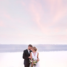 Wedding photographer Yuliya Volkova (JuliaElentari). Photo of 13.08.2015