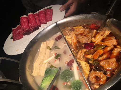 麻辣鍋超好吃 鴨血豆腐入味👍👍