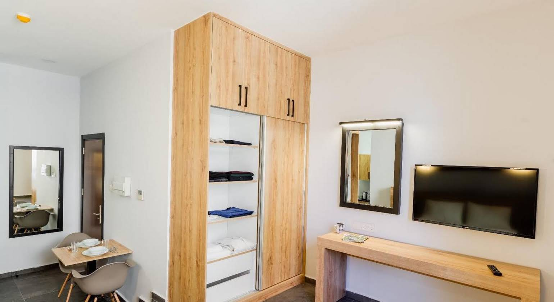 G Suites Luxury Rentals
