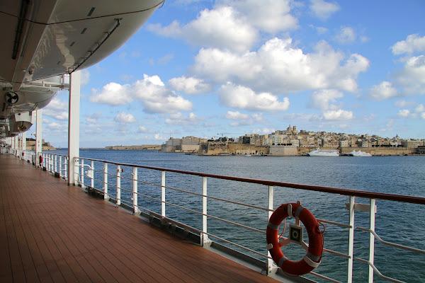 Salpando dalla Valletta di Francesca Malavasi