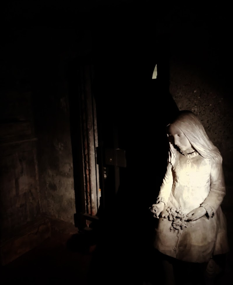 La bambina della cripta di la_angy