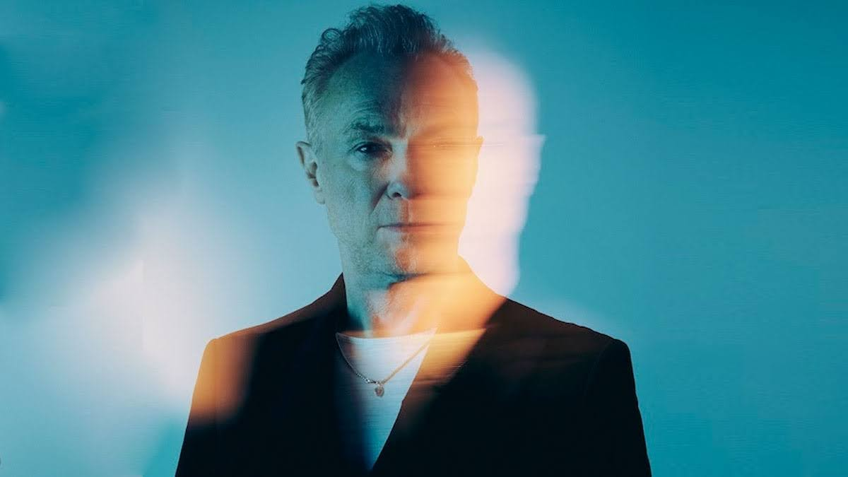 Ahead of the Game de Gary Kemp