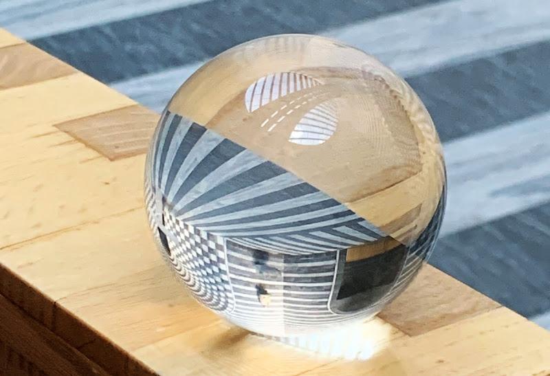 le magie della sfera di vetro di S_H_A_N
