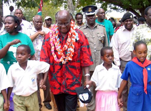 Zambia's founding president Kenneth Kaunda is being treated for pneumonia
