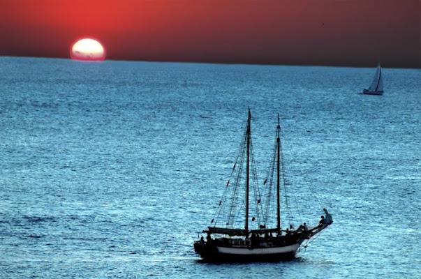 il tramonto all'isola d'elba di monica