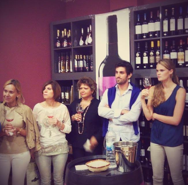 Wine tasting Rojo Picotas - La Legua