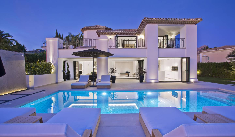Villa with pool and garden Marbella