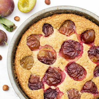 Plum & Hazelnut Cake [vegan] [gluten free]