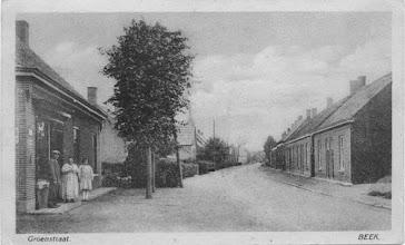 Photo: Groenstraat op de Beek