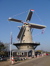 Photo: De molen in de vreugde: feest in Kortgene