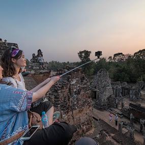 selfie... by Mauro Rotisciani - Landscapes Travel ( selfie, sunset, asia, templi, cambodia )