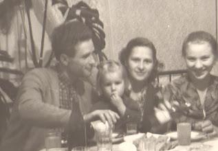Photo: Jonas Valužis, Domantė Valužytė, Severina Valužienė (Janinos Burbaitės archyvas)