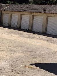 parking à Arles (13)