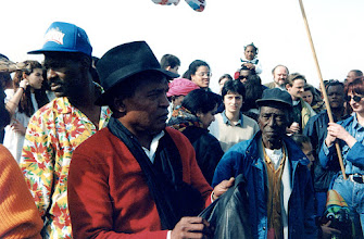 Photo: Sevran 1994 - Au centre les amis Alfredo Rodriguez et Chan  - archives familiales Herrera Zapata