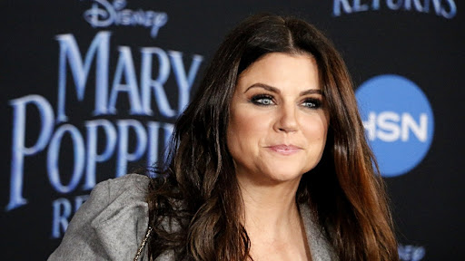 Tiffani Thiessen's Insta Pic With Saved By The Bell Ladies Is The Ultimate Throwback