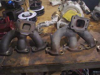 R32 , R33 , R34 Exhaust manifold