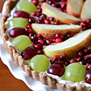 How To Make An Easy No-Bake Holiday Fruit Tart.