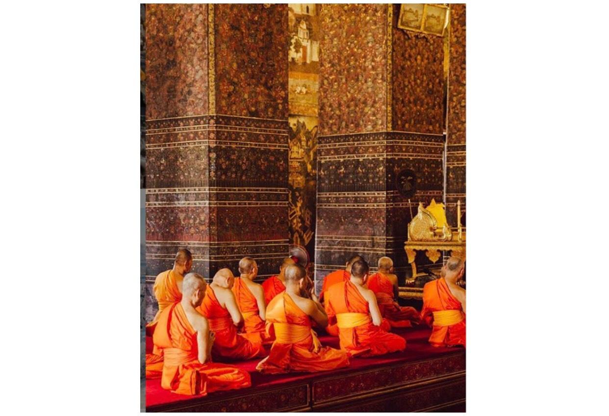 Các sư thầy ở Thái