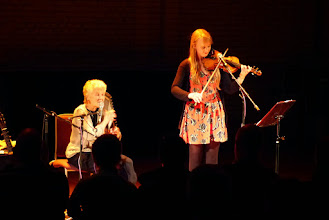 Photo: Peggy Seeger on autoharp andCharlotte Andrew, granddaughter of Charles Parker on fiddle, at a concert celebrating Charles Parker Day 2014