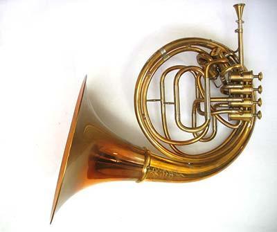 Beschreibung: b horn