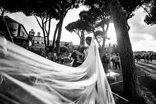 Wedding photographer Leonardo Scarriglia (leonardoscarrig). Photo of 21.04.2018