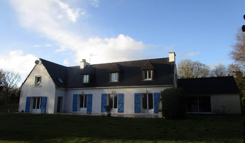 Maison avec terrasse Corseul