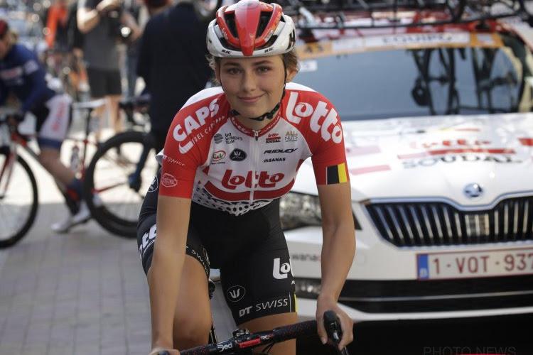 """""""Ze heeft haar capaciteiten op de fiets al bewezen"""": Puck Moonen krijgt steun van Cameron Vandenbroucke"""