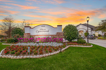 Go to Villas at Cypresswood Apartments website