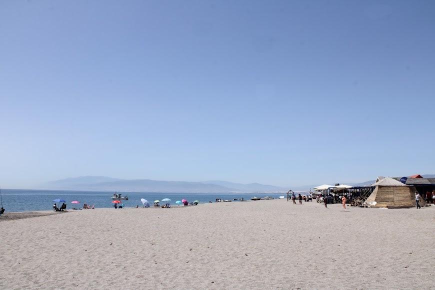 Cinco km de la playa de las Salinas-la Fabriquilla.