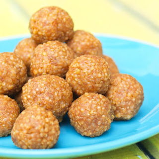 Quinoa Peanut Butter Snack Balls