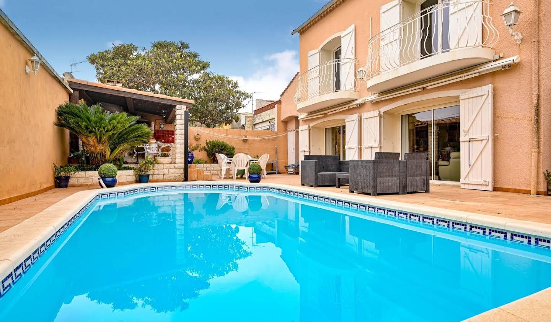 Villa avec piscine et terrasse Marseille 9ème