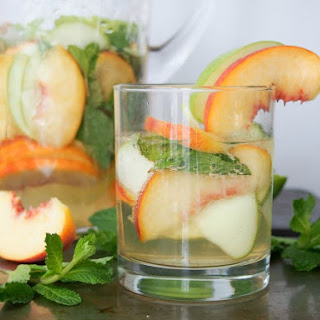 White Sangria With Whiskey, Apple And Peach.