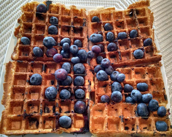 Super Light Super Easy Belgian Wafles Recipe