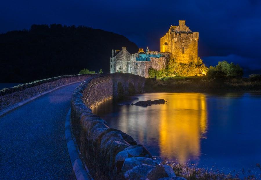Eilean Donan Castle at night by Jim Keating - Buildings & Architecture Public & Historical ( scotland, reflection, sea, night, castle, loch,  )