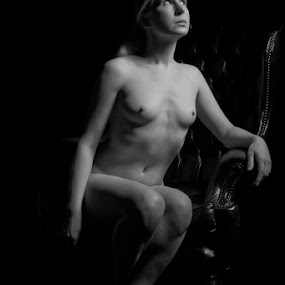 by Gary Hickling - Nudes & Boudoir Artistic Nude