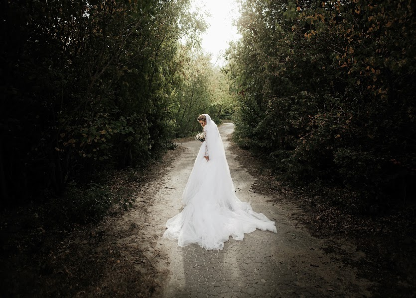 शादी का फोटोग्राफर Roman Serov (SEROVs)। 19.04.2019 का फोटो