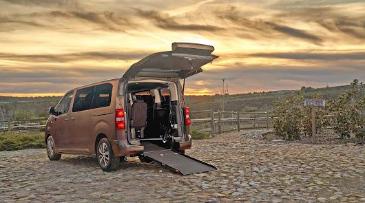 Toyota y su gama de vehículos adaptados para personas  con movilidad reducida