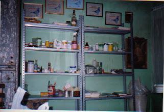 Photo: Mis anaqueles con vitaminas y medicamentos.