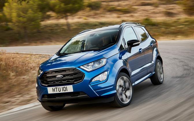 10 SUV-uri noi pe care ți le poți cumpăra cu mai puțin de 20.000 de euro - Ford Ecosport Titanium