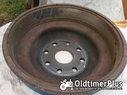 Hanomag R435 Bremstrommel hinten rechts Foto 3